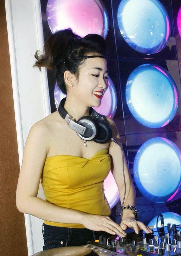 anh-dep-hot-girl-trang-moon-12