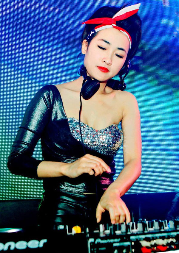 anh-dep-hot-girl-trang-moon-6