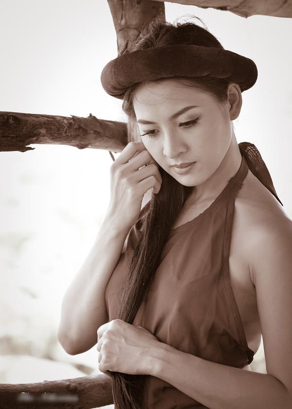 hot-girl-thai-nha-van-khong-ngai-khoe-than-2