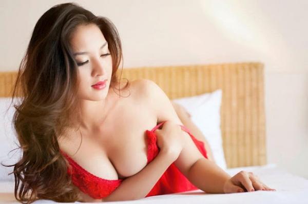 hot-girl-thai-nha-van-khong-ngai-khoe-than-9-600x398