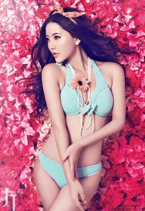 nguoi-mau-bikini-zhao-yu-fei-4