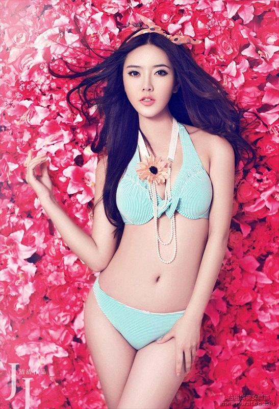 nguoi-mau-bikini-zhao-yu-fei-7