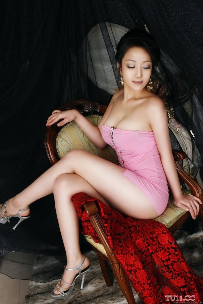 poon-moon-sexy-23
