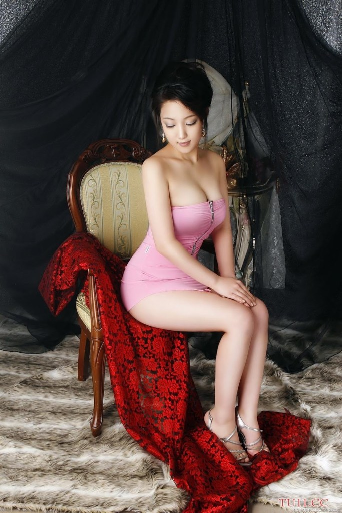 poon-moon-sexy-26